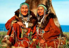 «Кайныран» - в переводе с корякского означает «медвежий дом». Предлагаем посетить «медвежий дом», чтобы окунуться в быт и традиции местных аборигенов – коряков, своими глазами увидеть их танцы – сценки из жизни охотников, диких зверей