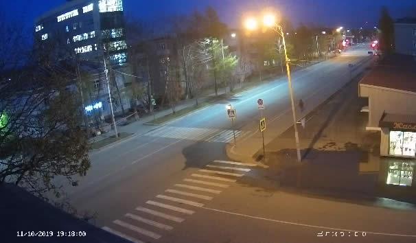Вебкамера в городе Елизово, ул. Завойко, 8